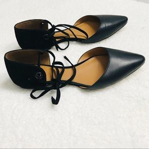 Coach Roy Lace-up Pointed Toe Flats
